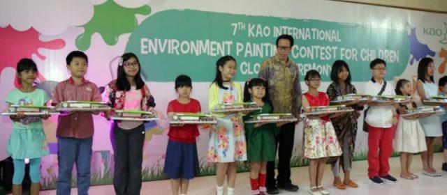 Dengan Melukis Buat Anak Mencitai Lingkungan