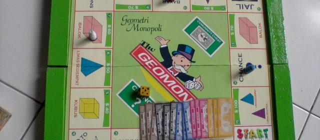Dosen Menggunakan Monopoli Dalam Belajar Matematika