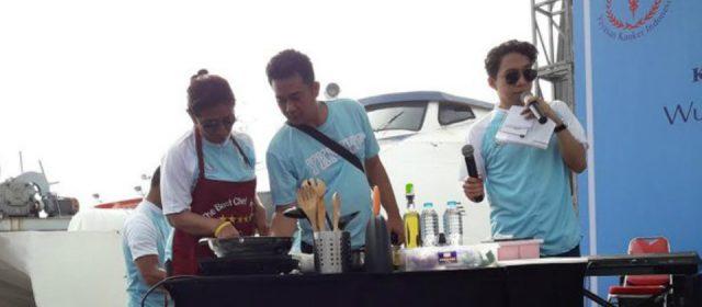 Menteri Kelautan Memasak Bersama Nelayan Muara Angke